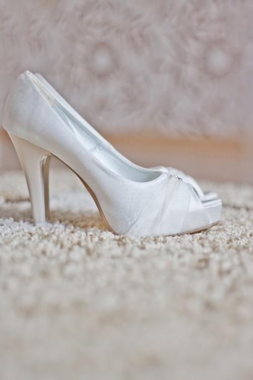 Footwear Shoe Shell Shoes Covering Fashion - Free Photo 1