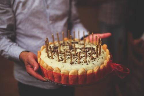 Matchstick Stick Crown Dessert Food Cake - Free Photo 1