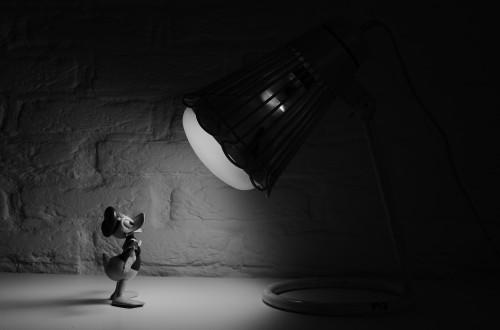 Spotlight Lamp Device Black Light Dark Man Business Iron #1