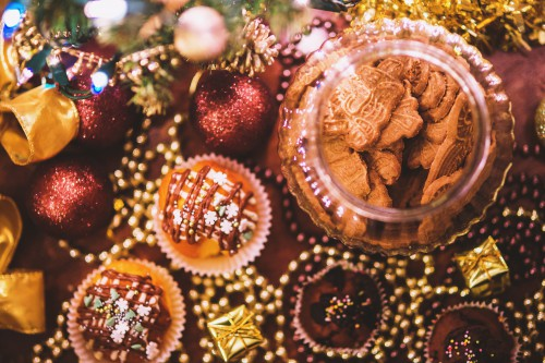 Decoration Holiday Food Season Celebration Winter Ornament Festive - Free Photo 1