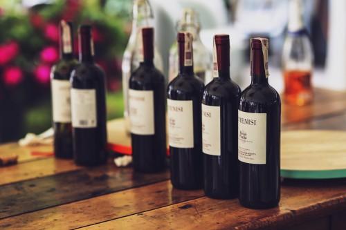 Wine Bottle Alcohol Drink Beverage Vessel Glass Vintage Container #1