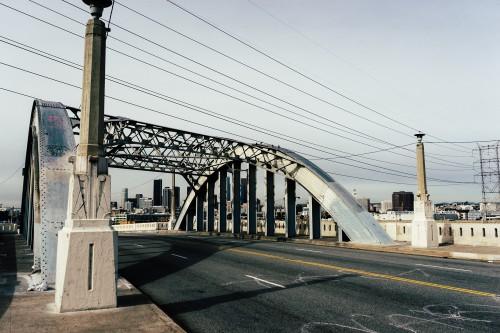 Pier Bridge Support Device Structure #1